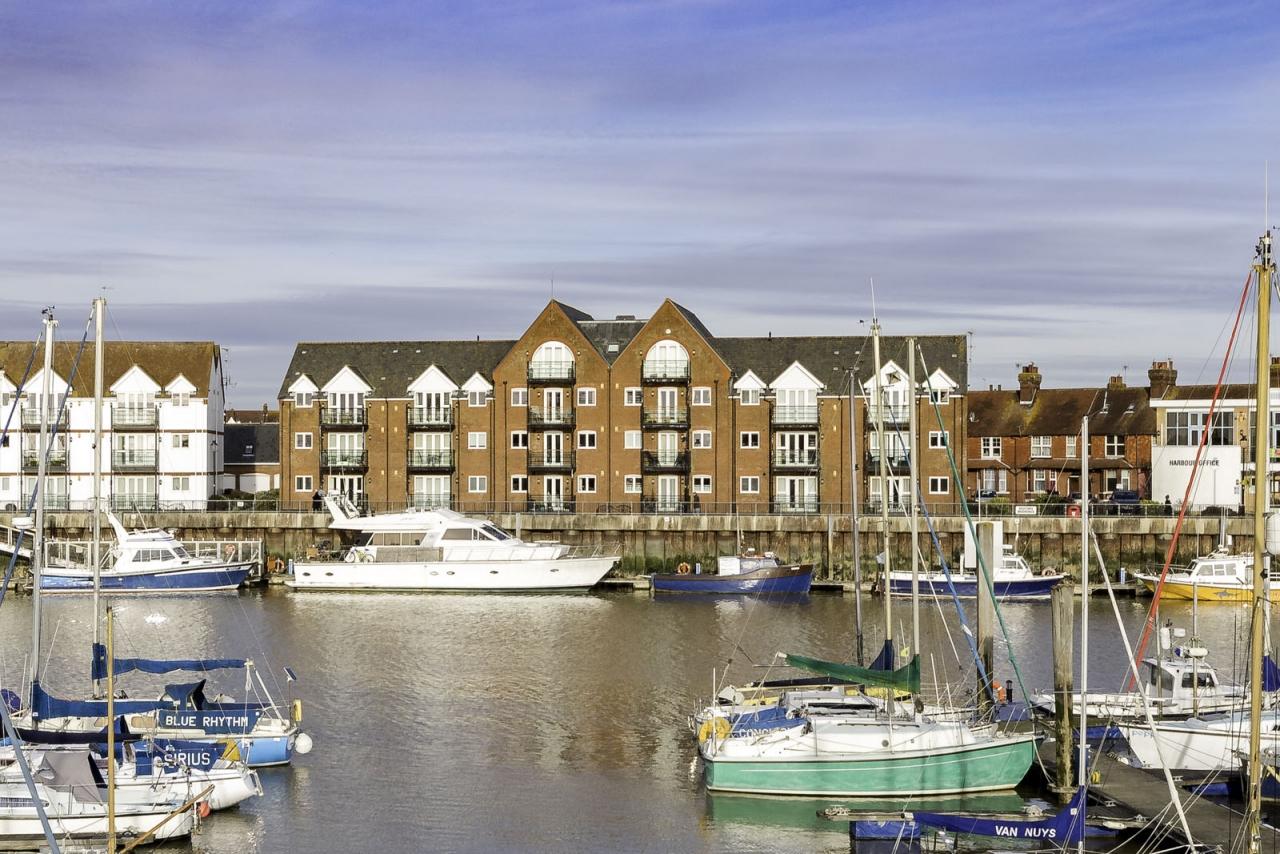 County Wharf, Pier Road, L...