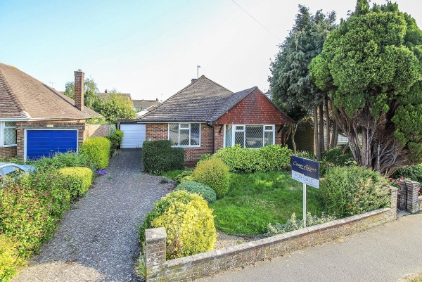windmill drive, rustington - a success story (rus200010)