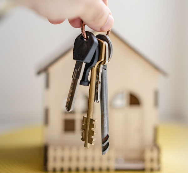 How Home Sellers Can Avoid Fall-Through Agony