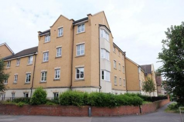 IDEAL BUY-TO-LET 2 BED FLAT WITH ACCESS TO BEXLEY VILLAGE