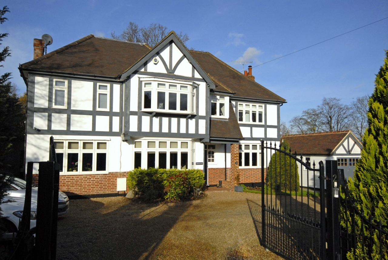 Houses for sale in Bromley