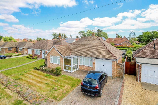 Halliford Drive, Barnham - Success story (Ang190116)