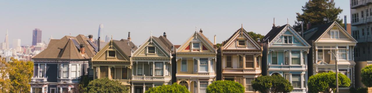 >Houses