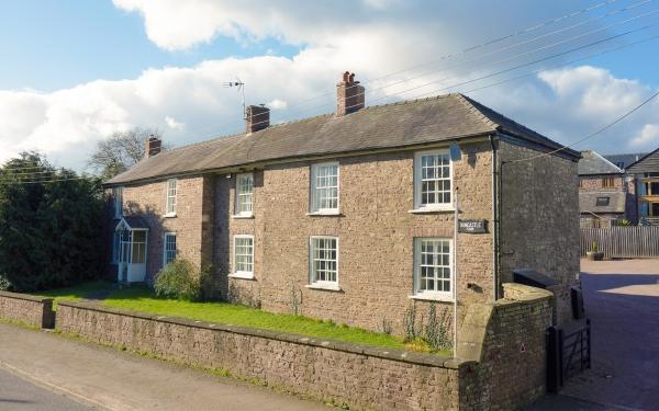 A Home of History - Duncastle Farm