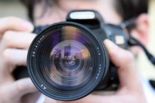 How Homeowners in Bromley and the South East can Avoid Terrible Property Photos