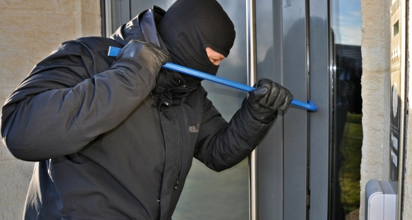 A Criminal's Guide to Not Getting Burgled