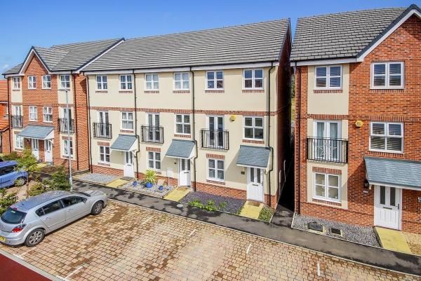 Amsbridge Crescent, Littlehampton - a success story (ang190147)