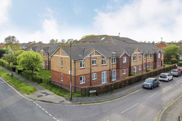 silverwood court, woodlands avenue - a success story (RUS180878)