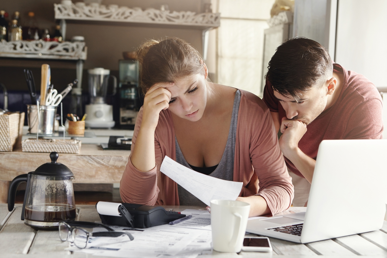 >utility bill, economic crisis, shocked