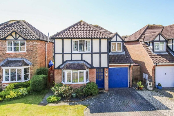 drewetts close, rustington - a success story (rust50123)