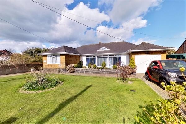 3 bed bungalow for sale in Montrose, Spitalfield Lane, New Romney, TN28