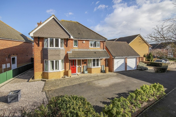 Linnet Close, Littlehampton, Success Story (Ang190035)