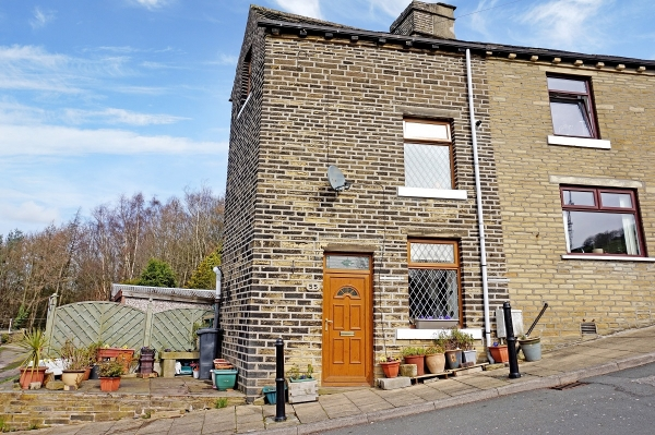 Check out this cosy cottage on Trooper Lane