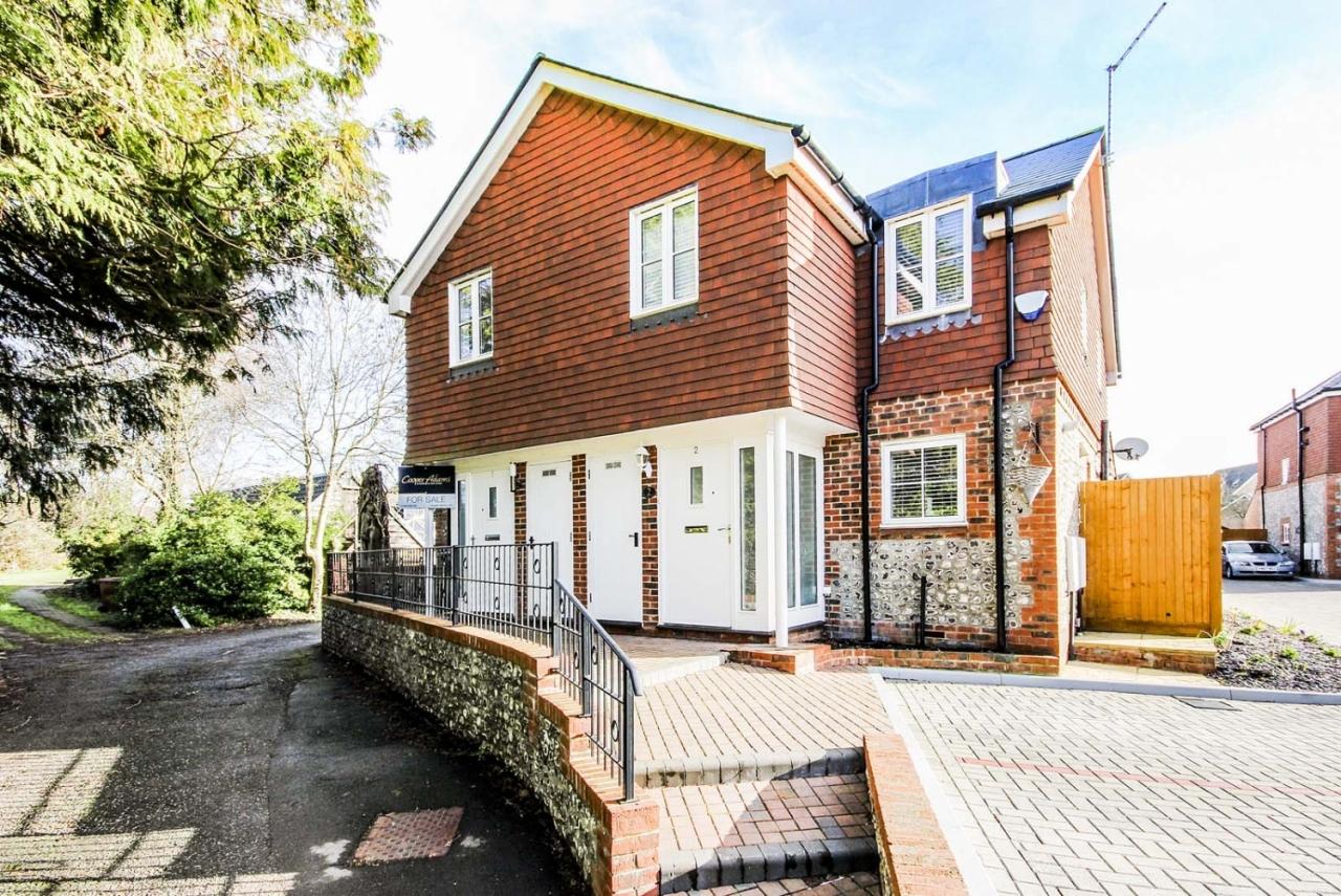 New Cottage Gardens, Littlehampton - a success story (RUST50653)