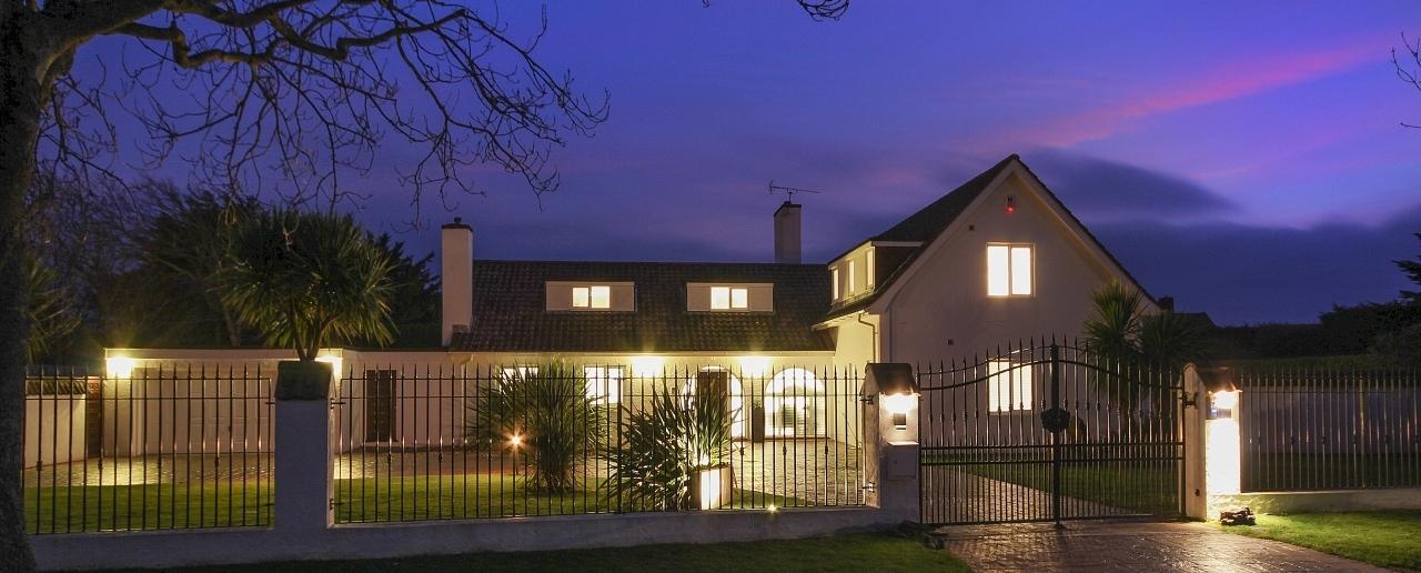 >Luxury Homes