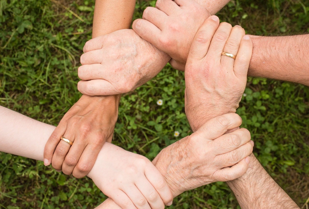 >Seven Ways People Pulled Together During the Pande