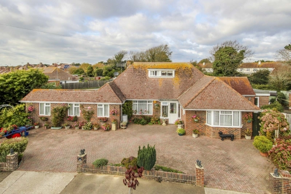 Evelyn Avenue, Rustington -  success story (RUS170281)