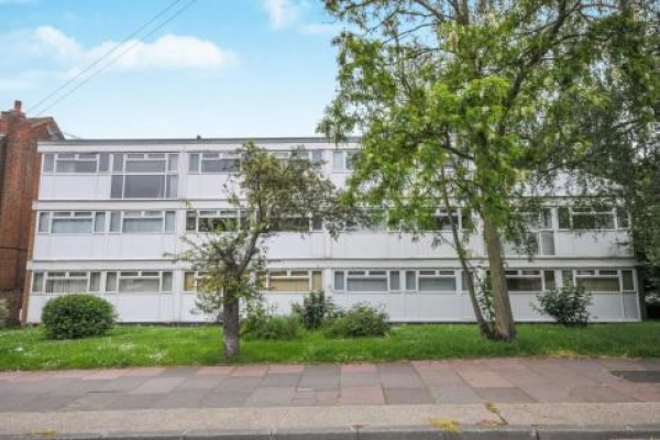 Sidcup Buy To Let Deal - Two double bedroom first floor flat