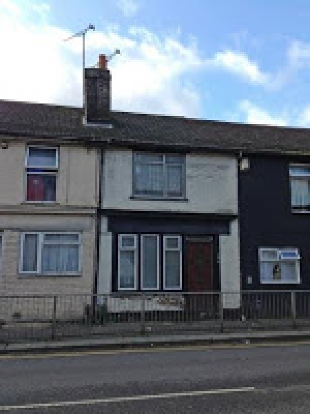 A two bedroom, freehold house for under £100,000 in Medway