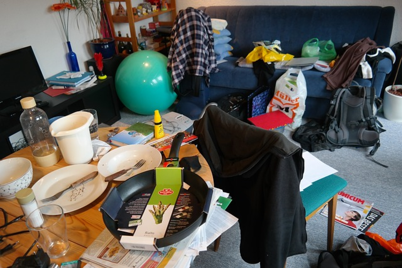 >Why clutter can cost you thousands
