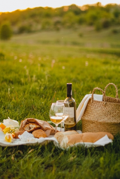 Make the Most of the Summer in Neath With a Perfect Picnic