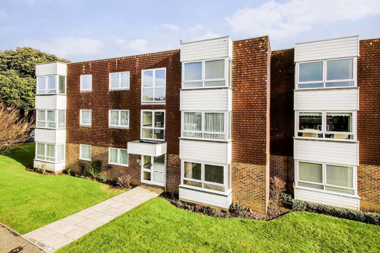 Woodlands Avenue, Rustington - success story (RUST50478)