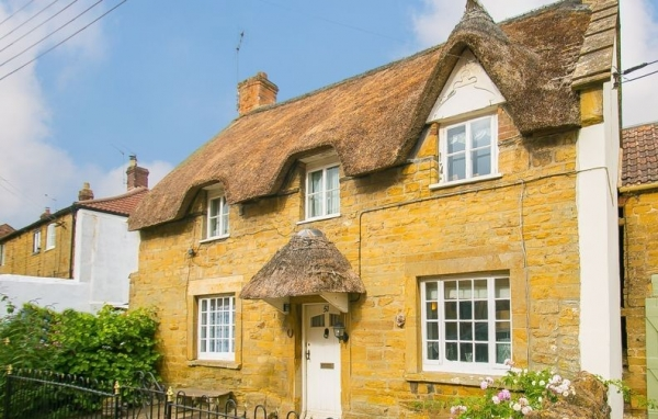 How to choose the right estate agent in South Somerset