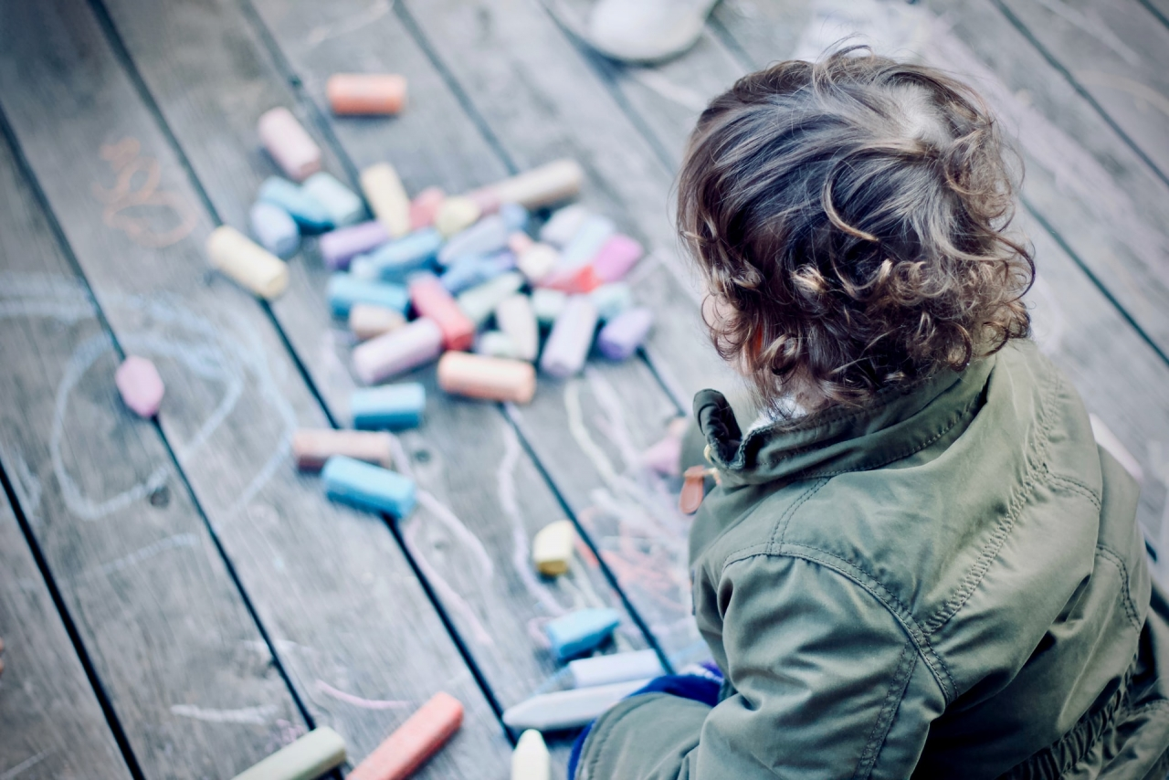 >Eight Awesome Ways to Get Children Away from Their